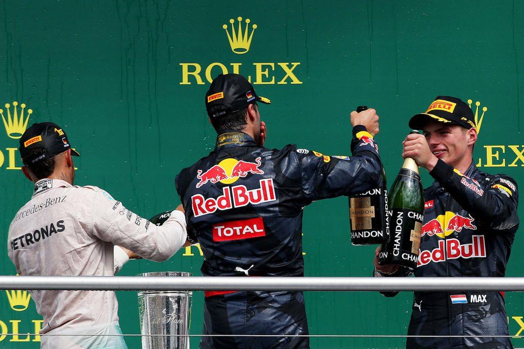 Illustratie START '84 Autosportmagazine september 2016 met Max Verstappen en Daniel Ricciardo op podium