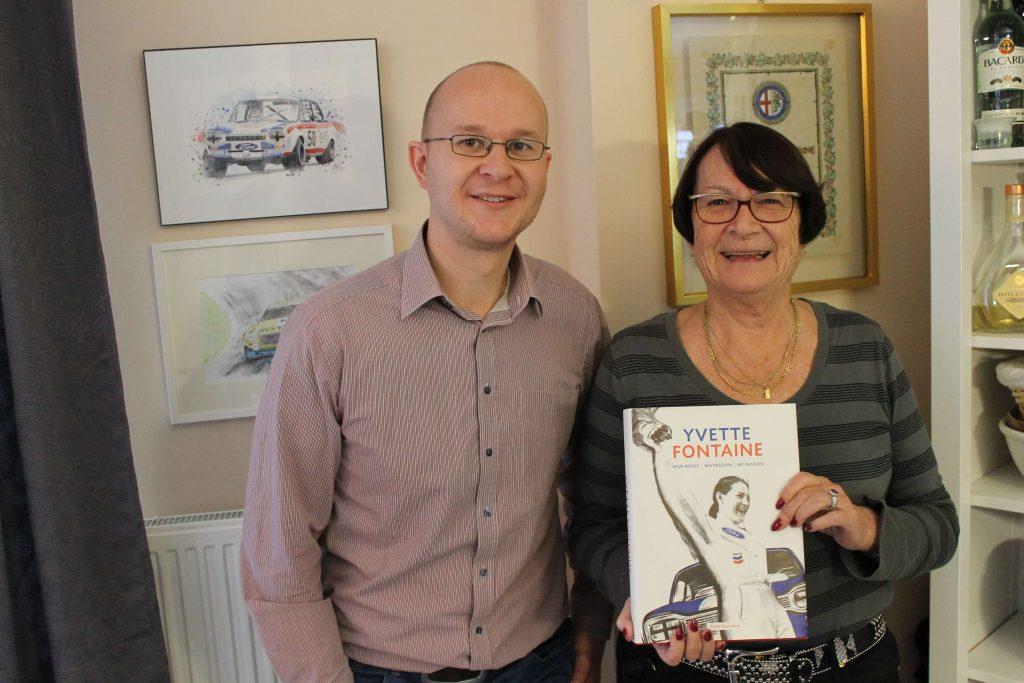 Ralph Stoove met Yvette Fontaine die haar biografie presenteerde als kampioene en recordhoudster van Belgie