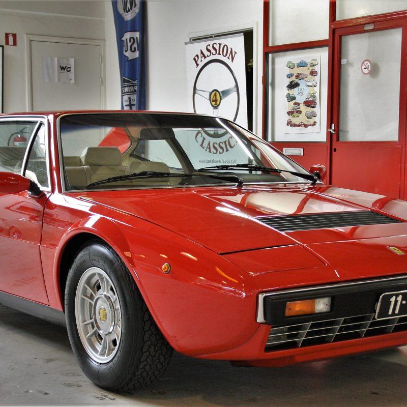 Ferrari 308 GT4 Dino van steigerend paard tot steigerende prijs