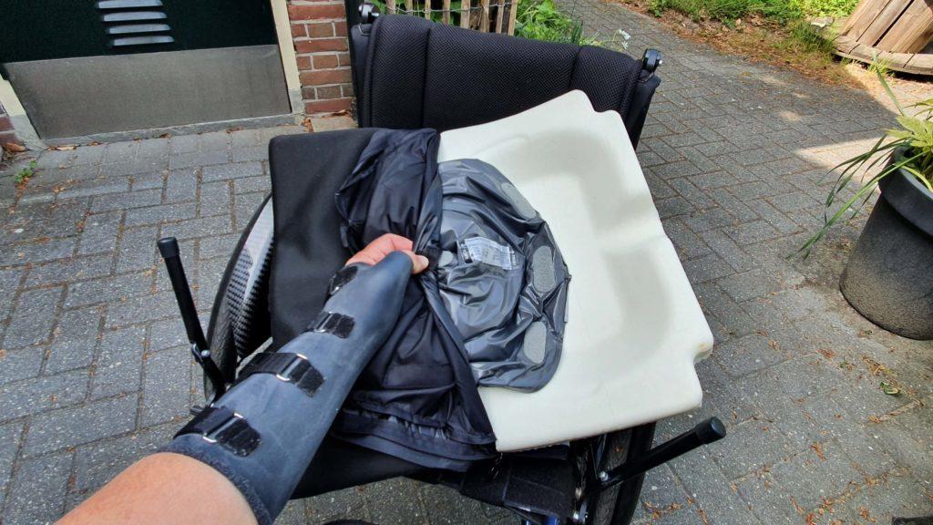 Afbeelding van de gelvulling in de Jay Easy Fluid zitkussen van mijn rolstoel